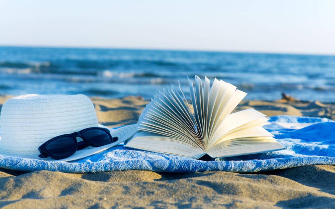 Τέσσερα βιβλία για να συντροφεύσουν τις καλοκαιρινές μας στιγμές