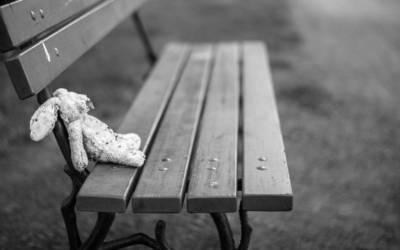 Τα τρία πράγματα που μας κρατάνε στη μοναξιά