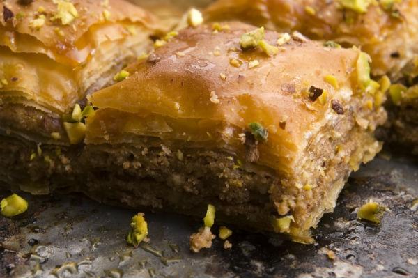 Τα γλυκά της Αποκριάς στην Κοζάνη