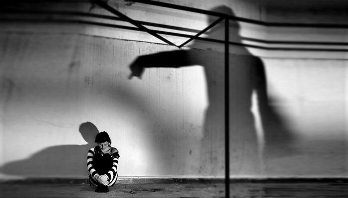 Ενοχές: Μικρά… εγκλήματα κατά του εαυτού μας