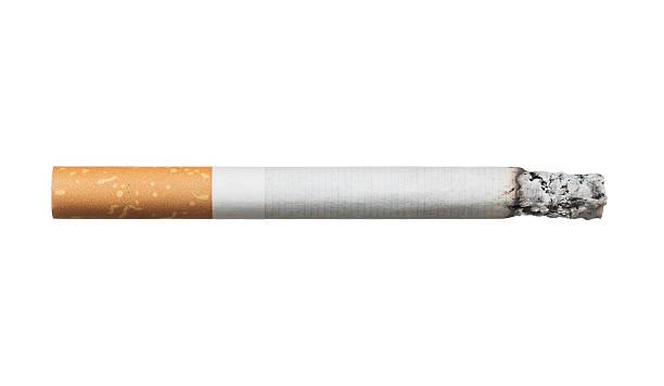 Ε ναι ρε… Kαπνίζουμε έξω…